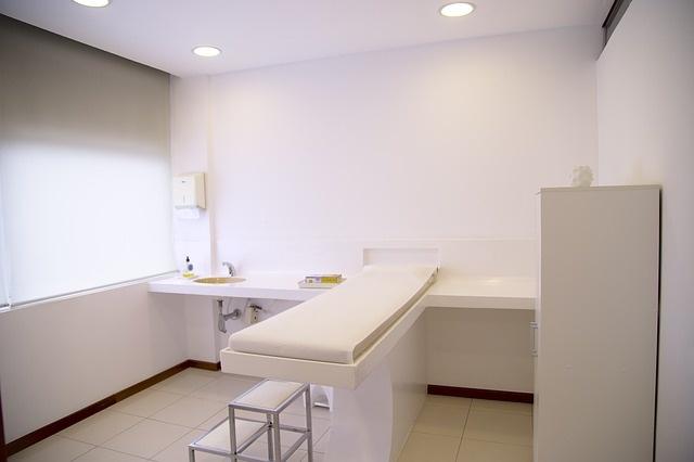 treatment-room-548143_640